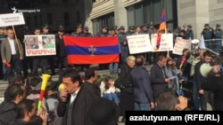 Protesters in front of government offices in Yerevan, November 11, 2019