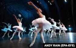 У своєму блозі від 2008 року Ольга Любимова зізналася, що ненавидить балет