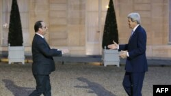 François Hollande və John Kerry