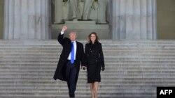Избранный президент США Дональд Трамп с супругой Меланией.