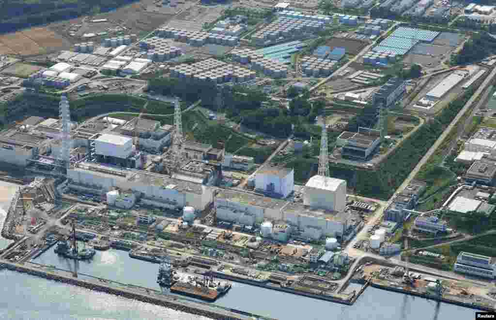 An aerial view of the Fukushima Daiichi nuclear power plant and its contaminated water storage tanks