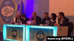 Второй Всемирный конгресс крымских татар. Президиум. 1 августа 2015