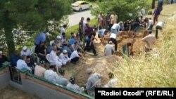 Похороны Султона Хамада