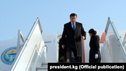 Kyrgyz President Sooronbai Jeenbekov upon his arrival in Tashkent on December 13.
