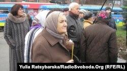 Ашаршылық құрбандарын еске алу. Днепропетровск, Украина, 23 қараша 2013 жыл.