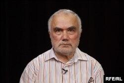 Яков Гутман