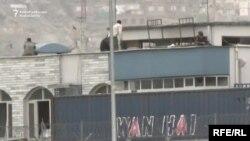 У здания, на которое было совершено нападение