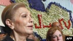 فرح پهلوی می گوید که قصد دارد در باره کارهایی که برای ایران انجام داده است بنویسد.(عکس: AFP)