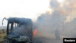 Fotografija jednog od zapaljenih autobusa