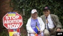 Супруги-активисты Джонни и Кэти Гарднер, добивающиеся запрета абортов в США (архивное фото)