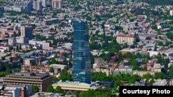Местоположение, выбранное для новой гостиницы премиум класса The Biltmore Hotel Tbilisi, вызвало недовольство большинства грузинских архитекторов. Фото автора