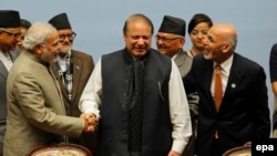 Indian Prime Minister Narendra Modi (L), Pakistani Prime Minister Nawaz Sharif (C) and Afghanistan President Ashraf Ghani (R) during a summit in Nepal, November 2014.