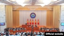 Кыргызский парламент. Фото из архива