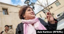 Həbsdə olan araşdırmaçı jurnalist Xədicə İsmayılova