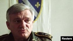 Bosnian Army General Jovan Divjak pictured here in Sarajevo in 1995