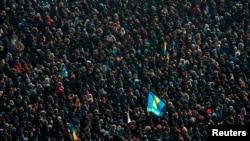 """Киев, 2 феврал, майдони """"Истиқлол"""""""