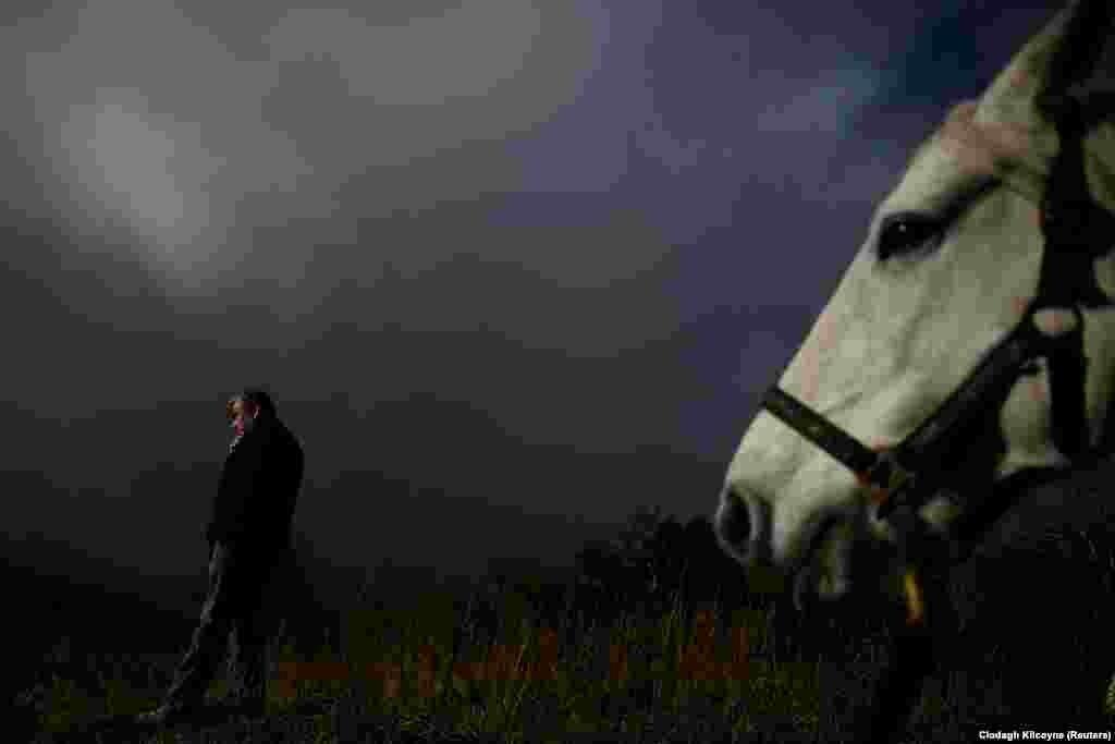 Ирландияның Голуэй графтығында өтетін жыл сайынғы жәрмеңкеден көрініс