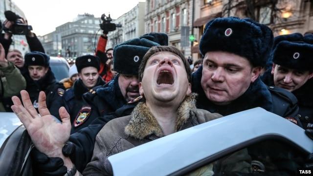 """""""Нет воды - нет жизни. Посмотрите на поля - и все станет ясно. Канал разрушается. Трубы разворовали"""", - восточный Крым под угрозой засухи - Цензор.НЕТ 4667"""