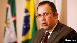 Բրազիլիա - Դաշնային դատավոր Մարկոս Խեսեգրեյ դա Սիլվան ասուլիս է տալիս 10 անձանց ձերբակալության հարցով, Կուրիտիբա, 21-ը հուլիսի, 2016թ.