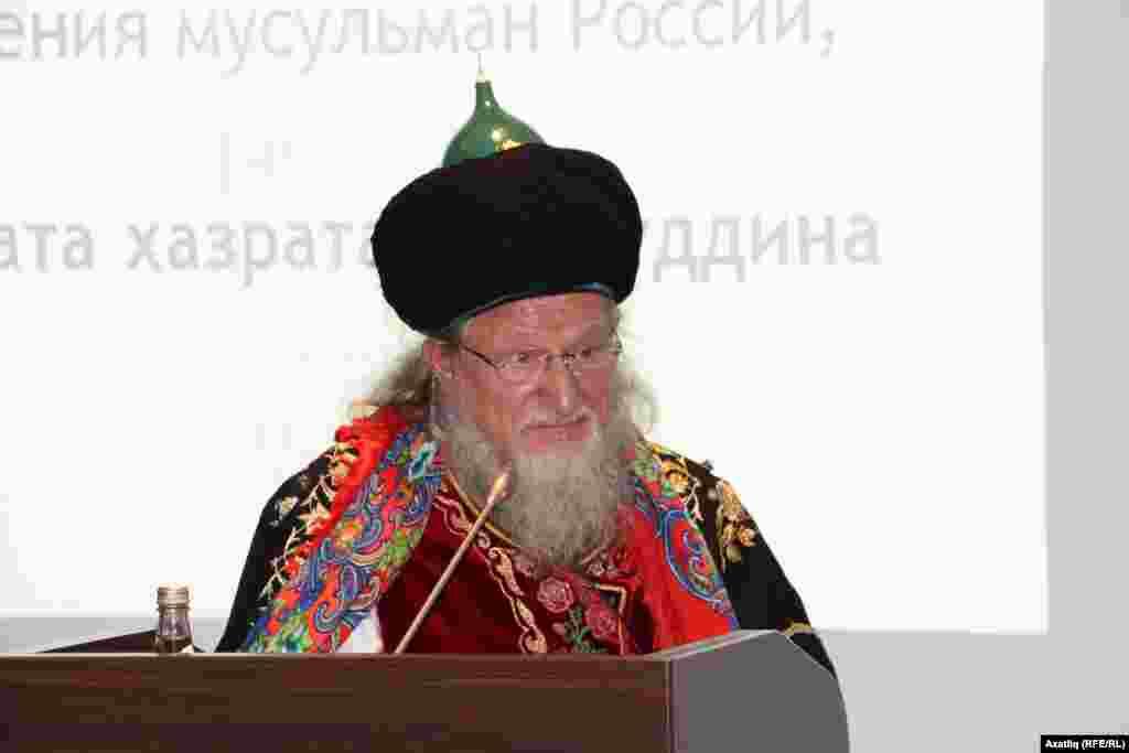 Русия мөселманнарының үзәк диния нәзарәте рәисе Тәлгать Таҗетдин