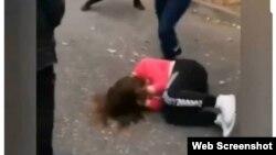 Стоп-кадр видео избиения