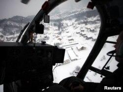 Helikopter u RS nadlijeće ugrožena područja, 6. februar 2012.