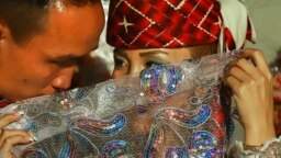 "<p dir=""rtl"">قزاقها عمدتا ساکن گرگان، گنبد و بندر ترکمن شدند. آنها هنوز برخی مراسم سنتی و بومی خود را همانطور که مابقی قزاقها به آن پایبند هستند، اجرا میکنند.</p>"