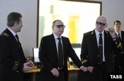 Владимир Литвиненко (справа) и Владимир Путин во время посещения президентом России Горного института в Санкт-Петербурге, 2015 год