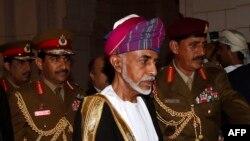 قابوس بن سعید، سلطان پادشاهی عمان