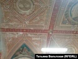 Интерьеры музея давно требуют реставрации