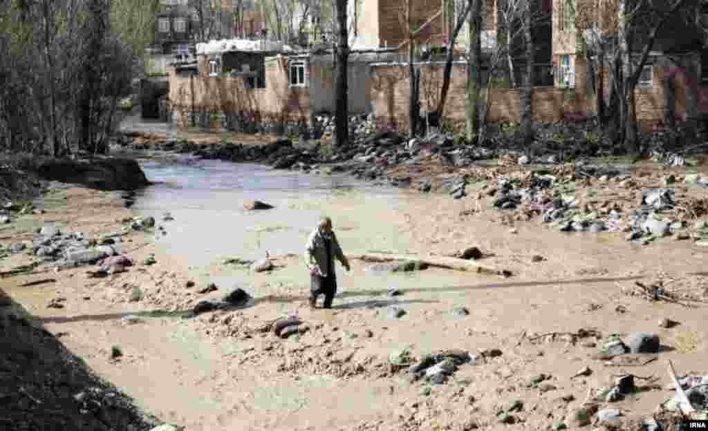 سیل روز جمعه در روستای بیرق در دهستان میدانچای بخش مرکزی شهرستان تبریز