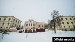 Уртадагы бина Казан епархиясенә тапшырылды