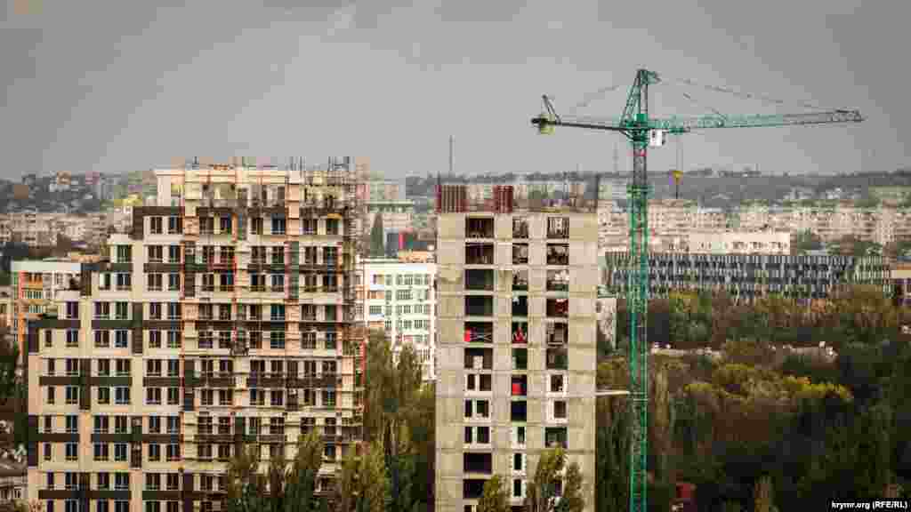 Останніми роками жителі і гості кримської столиці спостерігають масштабну забудову Сімферополя