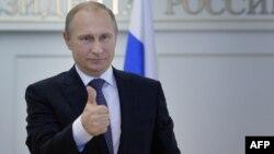 Rusiya prezidenti Vladimir Putin Trump-ın qərarını təqdir edib