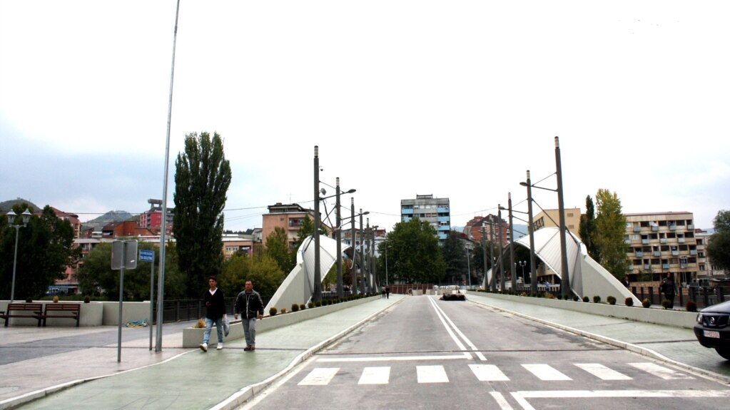 Ibarski most čeka političke dogovore da ujedini grad