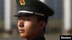 Қытай полицейі. (Көрнекі сурет)
