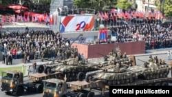 Անկախության 20-ամյակին նվիրված զորահանդեսը Հանրապետության հրապարակում: 21-ը սեպտեմբերի, 2011թ.