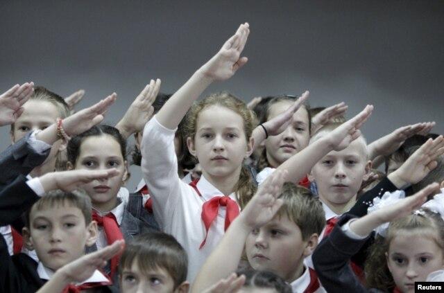 Прием новых членов в пионерскую организацию. Ставропольская область, ноябрь 2015 года