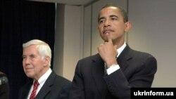 Сенатори Ричард Луґар та Барак Обама у Києві 29 серпня 2005 р