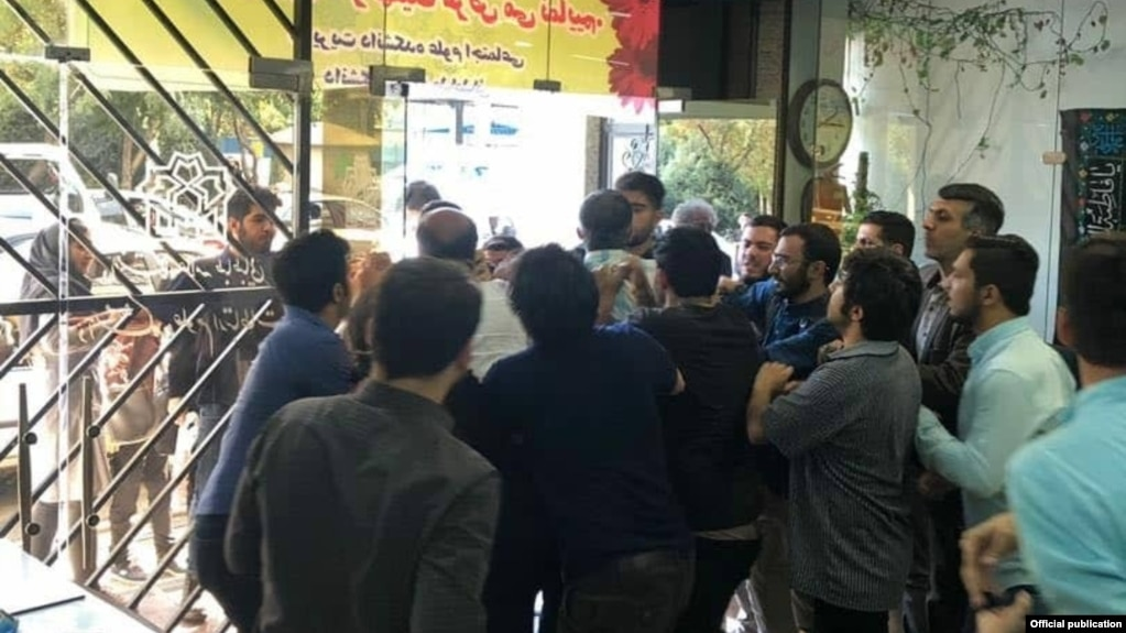 Attack on a meeting of an independent student group at Allameh Tabatabai University. September 23, 2019