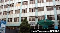 Здание департамента по делам обороны города Алматы. Алматы, 12 сентября 2012 года.