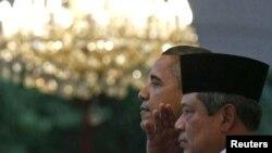 یودهویونو (راست) و اوباما