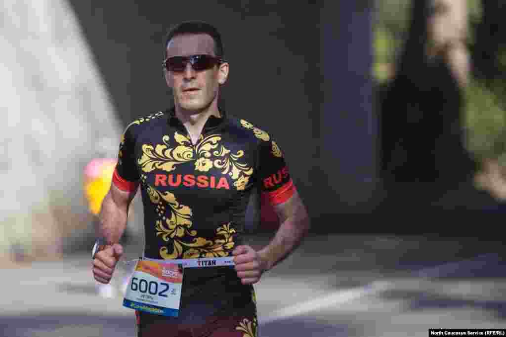 Каждый финишировавший получает памятную медаль марафона, независимо от результата.