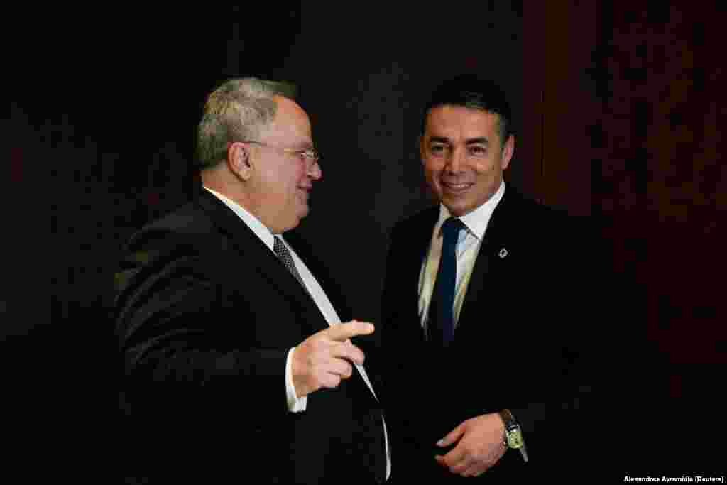 МАКЕДОНИЈА - Шефот на македонската дипломатија, Никола Димитров, на новинарско прашање Каде ја гледа својата одговорност ако не успее преговарачкиот процес за решавање на долгогодишниот спор за името, на ТВ1, изјави дека е подготен да ја понесе одговорноста ако не успеат преговорите со Грција за името.
