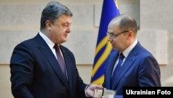 Пётр Порошенко с главой Одесской области Максимом Степановым
