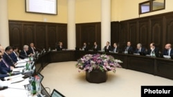 Armenia - Prime Minister Nikol Pashinian holds a cabinet meeting in Yerevan, March 7, 2019.