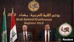هوشیار زیباری وزیر امور خارجه عراق در نشست خبری مشترک خود با احمد بن حلی معاون دبیرکل اتحادیه عرب