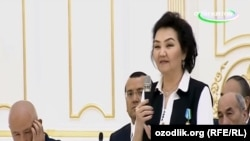 Ҳалима Худойбердиева президент Мирзиёев билан учрашув чоғида