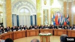 روس: په سېنت پيترزبرګ کې د شانگهاي همکارۍ تړون غونډه ۷ نومبر ۲۰۱۱م کال