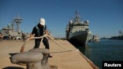 Испанский военный корабль Audaz.